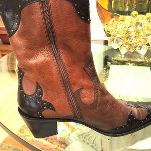 Stuart Weitzman, Size 8 Boots